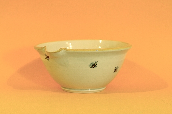 Spouted Porcelain Mixing Bowl with Honey Bee Decoration, Forks Road Pottery, Grimsby, Ontario